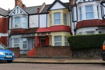 3 bedroom Terraced house in Drayton Road, Willesden...