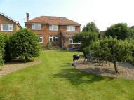 5 bedroom Detached house in Arundel Drive...
