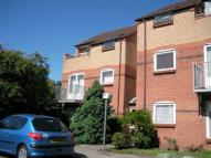 2 bed Flat in 5 Tonnellier Road...