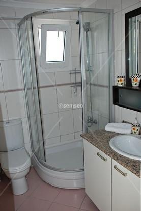1 of 2 bathrooms in olive tree apartments