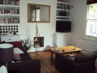 Flat to rent in Hackford Road, Oval