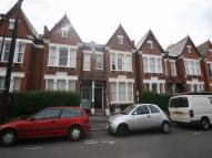 2 bedroom Flat in Beechdale Road, Brixton