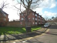 2 bedroom Flat for sale in Severn Drive, Enfield...
