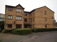 Flat in Gartons Close, Enfield...
