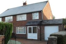 3 bed semi detached house in 9 Richmond Drive...