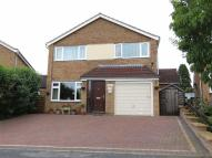 4 bed Detached house in Poplar Crescent...