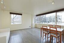 2 bedroom Flat in Cromwell Road...