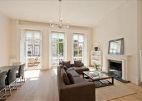 2 bedroom Flat to rent in Onslow Gardens...