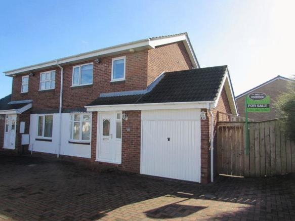 3 Bedroom Semi Detached House For Sale In Home Park Wallsend
