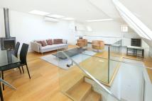 3 bed Flat to rent in Little Russell Street...