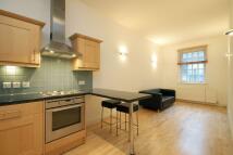 Berwick Street Flat to rent