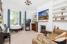 2 bedroom Flat in Red Lion Square, London...