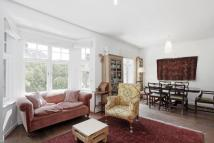 3 bedroom Maisonette for sale in Cruikshank Street...