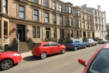 3 bedroom Flat to rent in Dowanside Road, Glasgow...