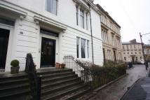 Flat to rent in Lansdowne Crescent...