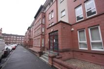 2 bedroom Ground Flat in Waverley Street, Glasgow...
