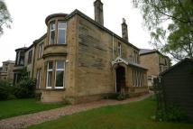 Semi-detached Villa to rent in WHITTINGEHAME DRIVE...