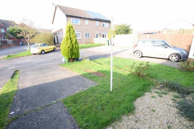 Front garden and entrance
