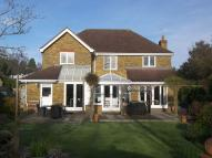 Detached house in Lane Gardens, Claygate