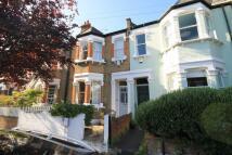 3 bedroom property in Cambridge Road, Barnes
