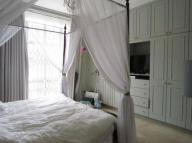 Flat to rent in Eaton Place, Belgravia...