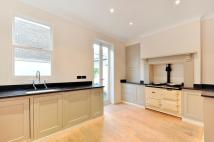 5 bedroom home in Lots Road, Chelsea...
