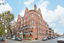 2 bed Flat in St Loo Court...