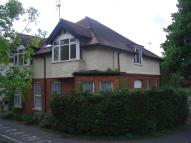 Maisonette to rent in Green Lane, Northwood...