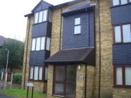1 bed Flat to rent in Turnpike Lane...