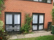 Ground Maisonette to rent in Hawes Close, Northwood...