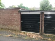 Garage to rent in Chesswood Way, Pinner...
