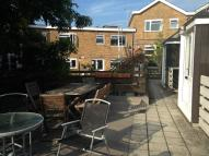 2 bed Flat to rent in  CLIVE PARADE, Northwood...