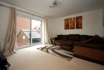 Town House to rent in  Cawood Drive...