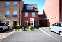 Town House in  Chelwood Court, Balby...
