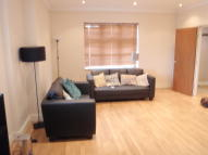 3 bed Apartment to rent in Southgate London, N14