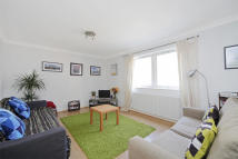 Sclater Street Flat to rent