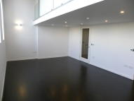 2 bedroom Flat to rent in Gore House, Drummond Way...