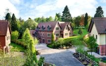 5 bedroom Detached property in Buckland House...