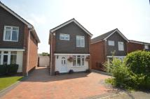 3 bedroom Detached property in Fairfield Close...