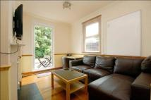 property to rent in Chesterfield Gardens, Manor House, London, Greater London, N4