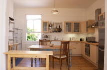 3 bedroom Flat to rent in Gladsmuir Road, Highgate...