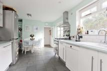 3 bed semi detached property to rent in Fassett Square, Dalston...