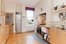 Fawnbrake Avenue Maisonette to rent