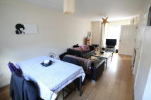 3 bed Maisonette in Goldsmith Road, Acton...