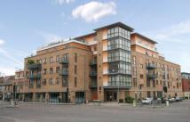 2 bed Flat to rent in Hills Road, Cambridge...