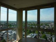 2 bedroom Penthouse to rent in Newport Road...