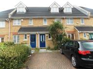 Graveney Grove Town House to rent