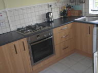 2 bed Flat in King Henrys Walk...