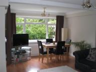 2 bed Flat in Wakefield Court...