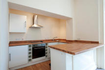 1 bed Ground Flat to rent in Norton Road...